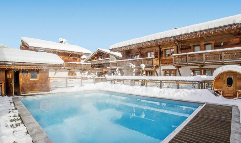 hotel-les-loges-blanches-piscine